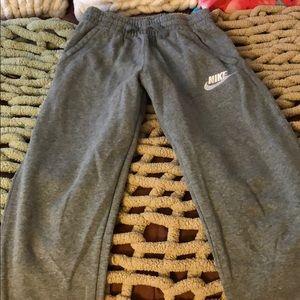 Boys grey Nike sweatpants